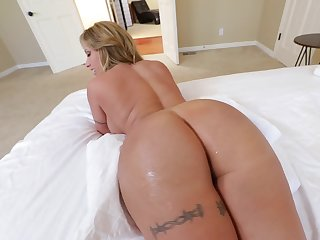 Hot MILF with hefty buttocks and round boobs is screwed properly
