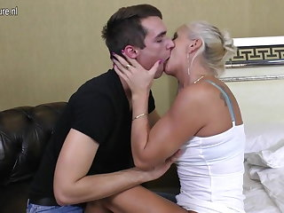Real mature mummy fucked by her knick-knack boy