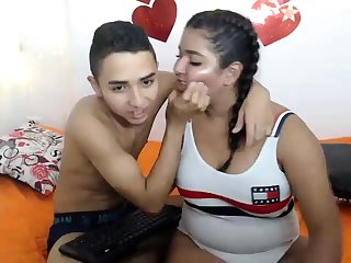 Super nice big booty shakes Latin Woman Webcam