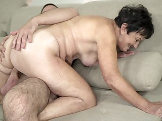 Grandma gets fucked in her old pussy by a young dig up