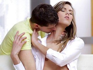 Nymphette Screams During Nice Sexual congress - sindy vega
