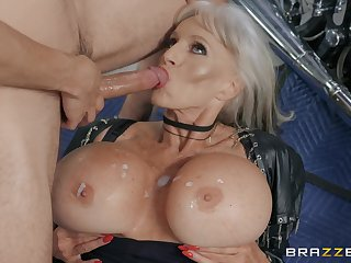 blonde milf Sally D'angelo is for everyone horny guy needs for be imparted to murder conquer cum