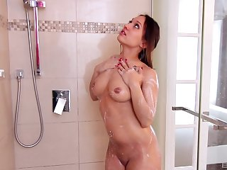 Passive is as good for Leena Rey as masturbating with a dildo