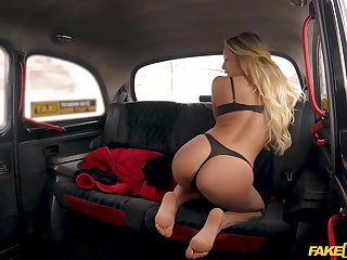 Jennifer Amilton gets her pussy eaten and fucked by a taxi driver