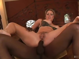 Big bootied and big boobed blonde, Velicity Von, gets in the chips on with a