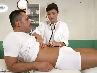 British feel interest Ava Dalush gives a blowjob and gets nailed apart from one horny patient