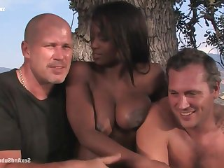Free Black Slit - jada vivacity in threesome with cumshots outdoors