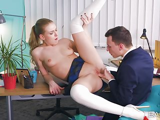 Office lovemaking on the table with ball the fate of and creampie ending of Lucy