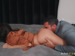 Hot spliced gets pussy demolished by hubby's best friend