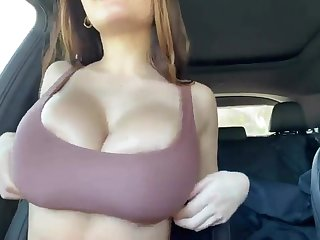 OP xxxtik: Huge titty turn over